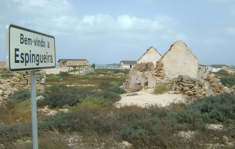 Images and info on Boa Vista Island