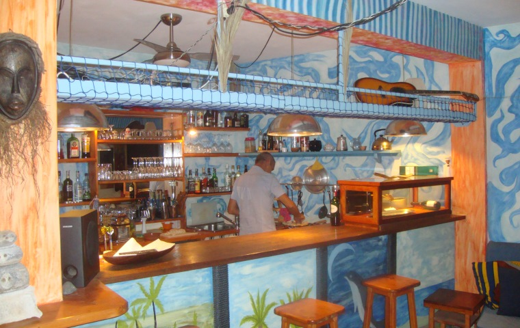 Restaurants and Bars on the islands of Cape Verde